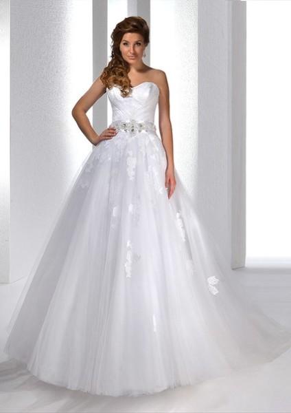 прокат свадебных платьев в свадебном салоне в Гомеле